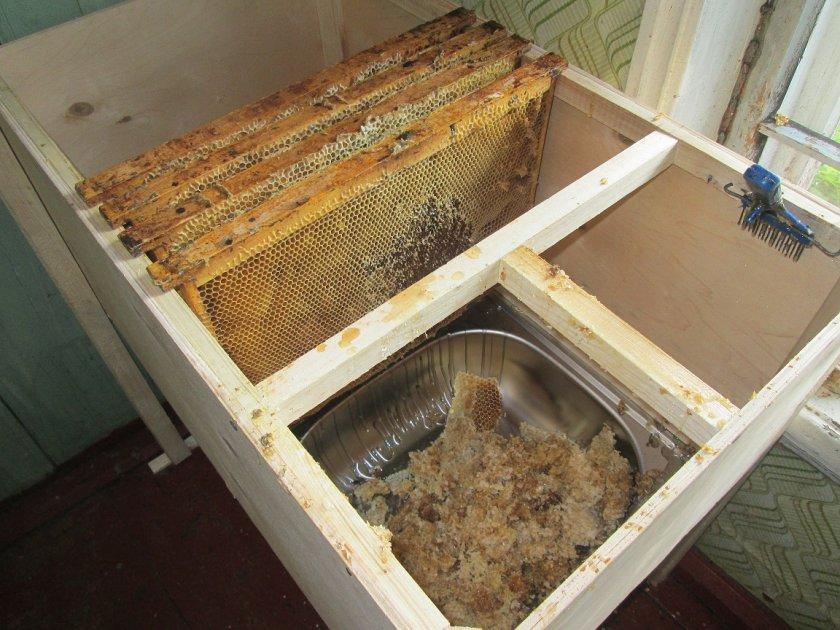 Разделочный стол пчеловода