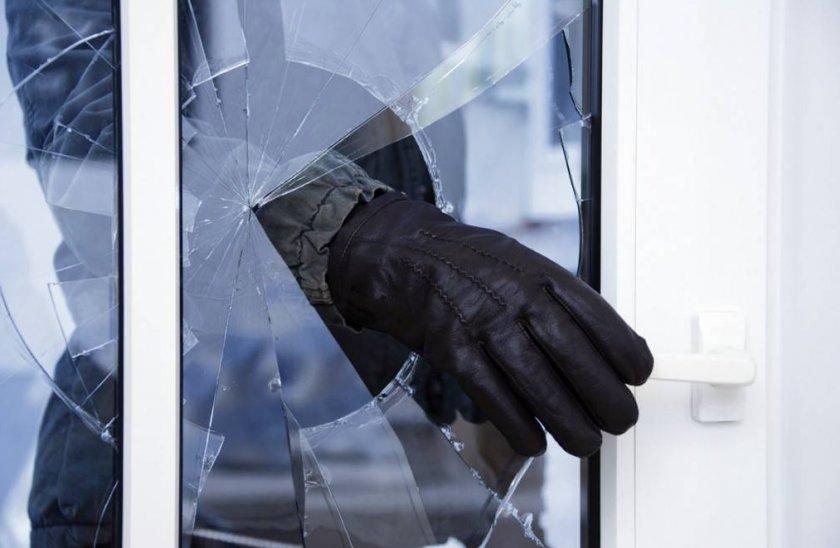 Полиция выявила у сельских жителей Одесской области оружие, боеприпасы и украденное зерно
