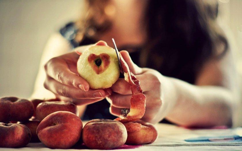 Персики кормящей маме