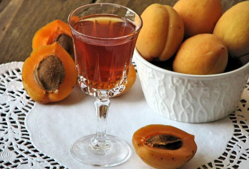 Настойка из абрикос