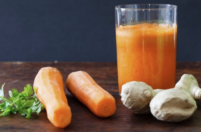 Имбирный напиток с морковью и петрушкой