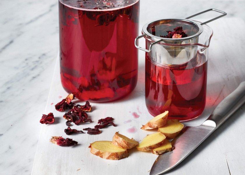 Чай каркаде с имбирем