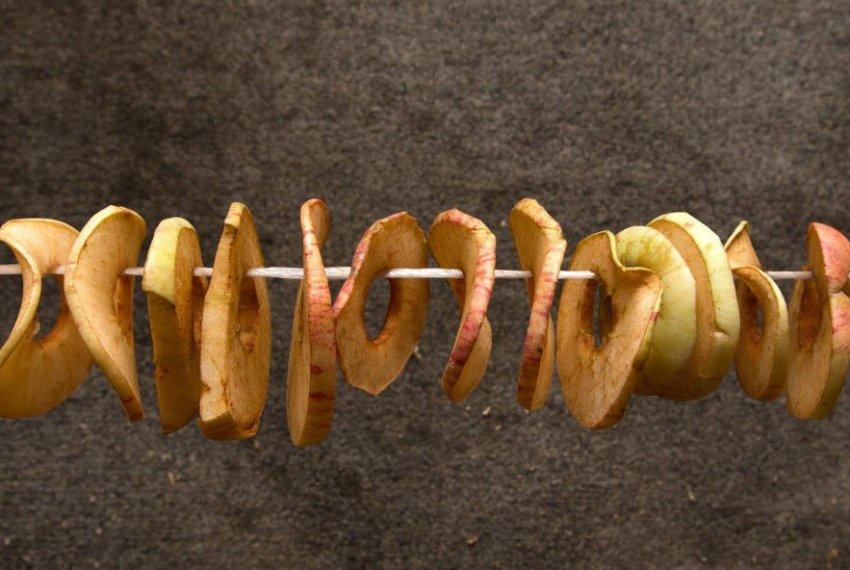 Яблоки на нитке