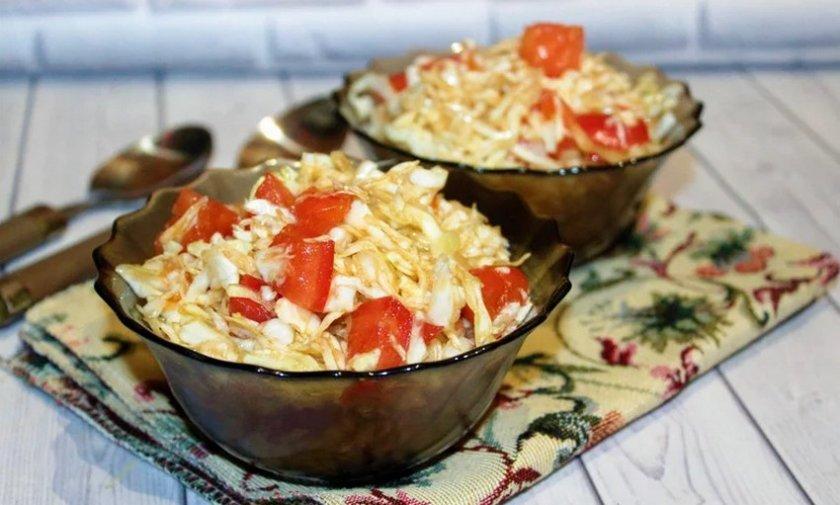 Квашеная капуста с помидорами