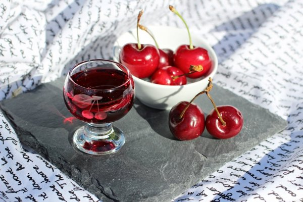 Вишневый ликер в домашних условиях: рецепт на водке