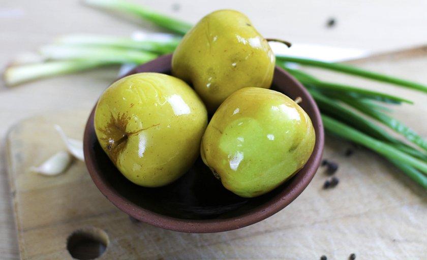 Мочёные яблоки с горчицей