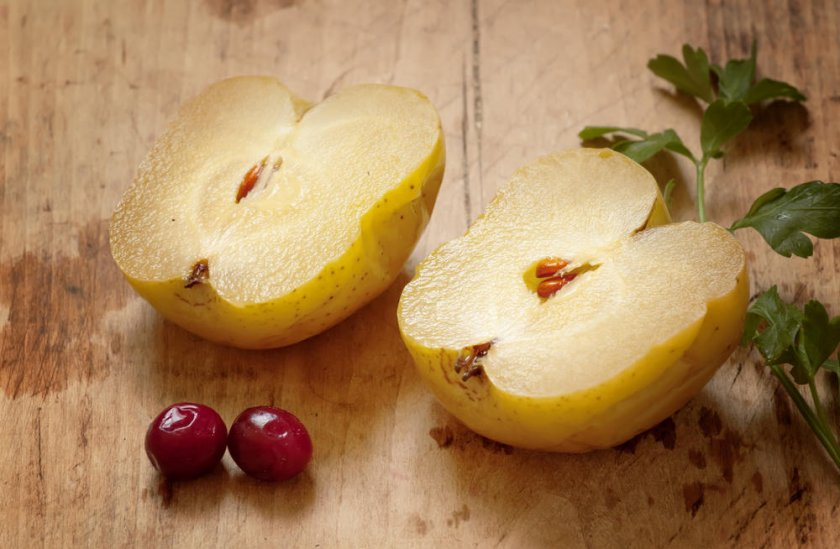 Мочёные яблоки с рябиной