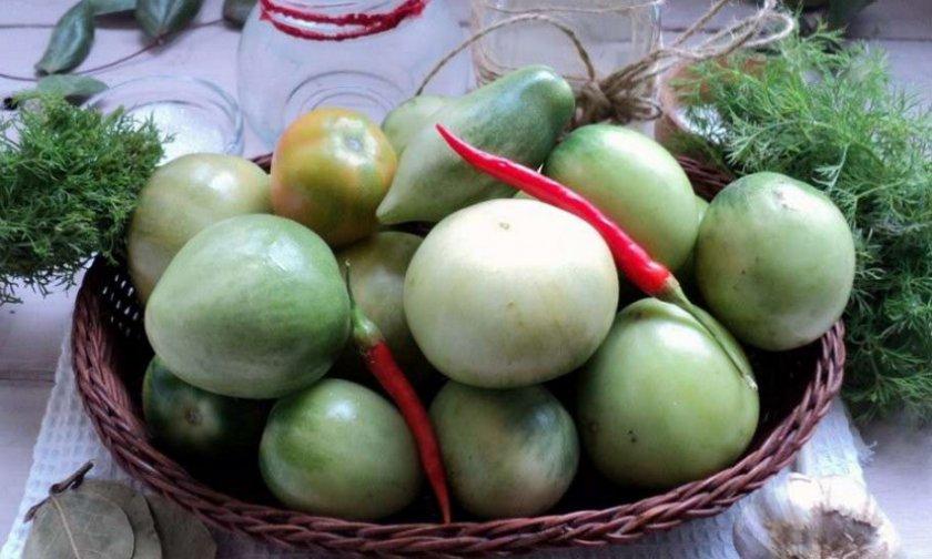 квашеные бурелые помидоры