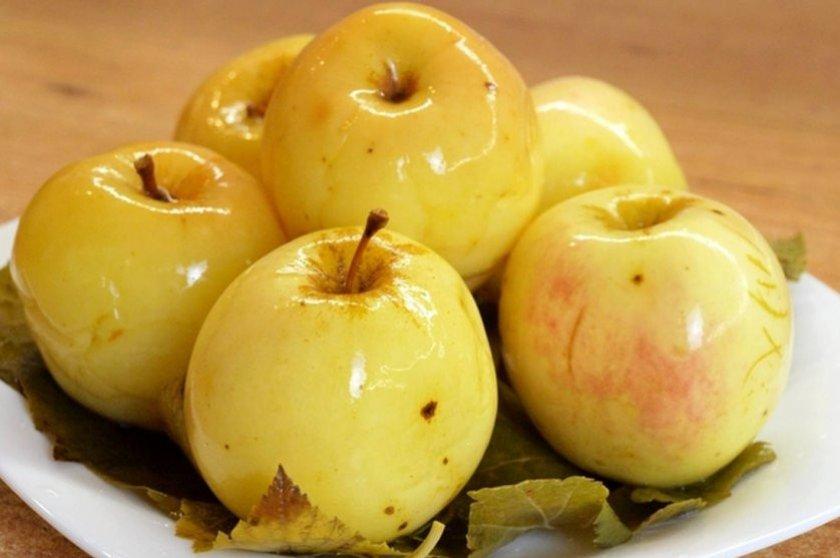Как быстро сделать моченые яблоки в домашних условиях, рецепт