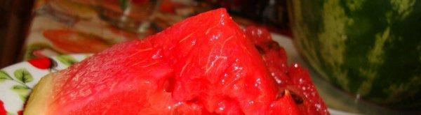 Соление арбузов кусочками в кастрюле