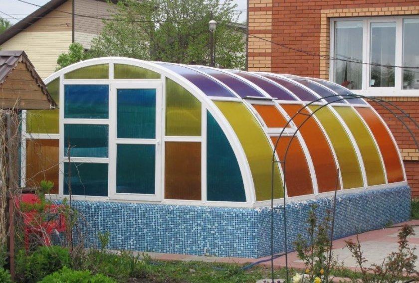 теплица из цветного поликарбоната