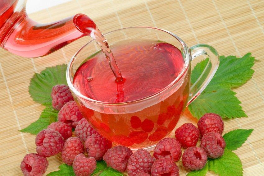 Жаропонижающий чай из ягод малины