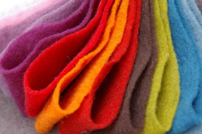 Сотканная ткань из овечьей шерсти