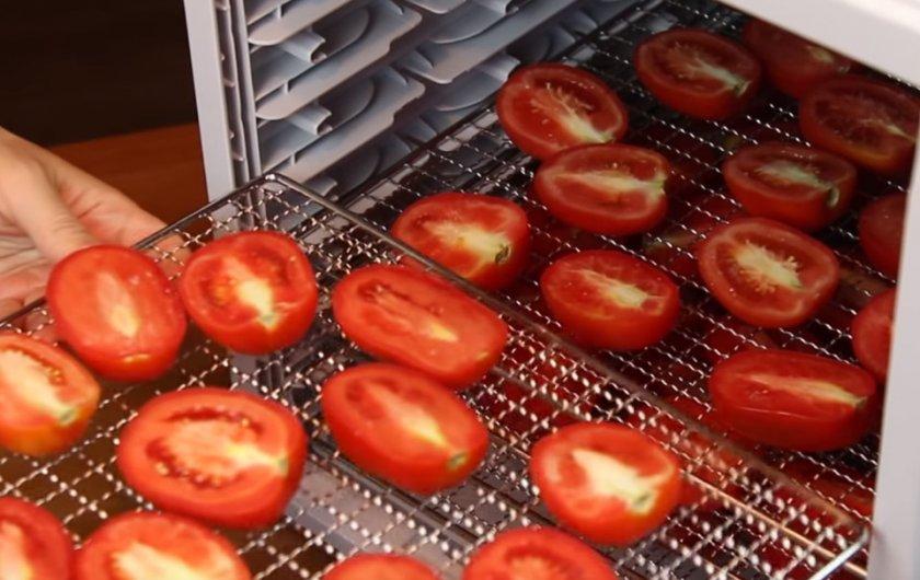 Сетки с томатами