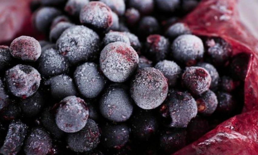 Замороженные ягоды смородины